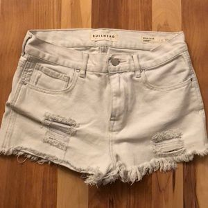 White Bullhead shorts